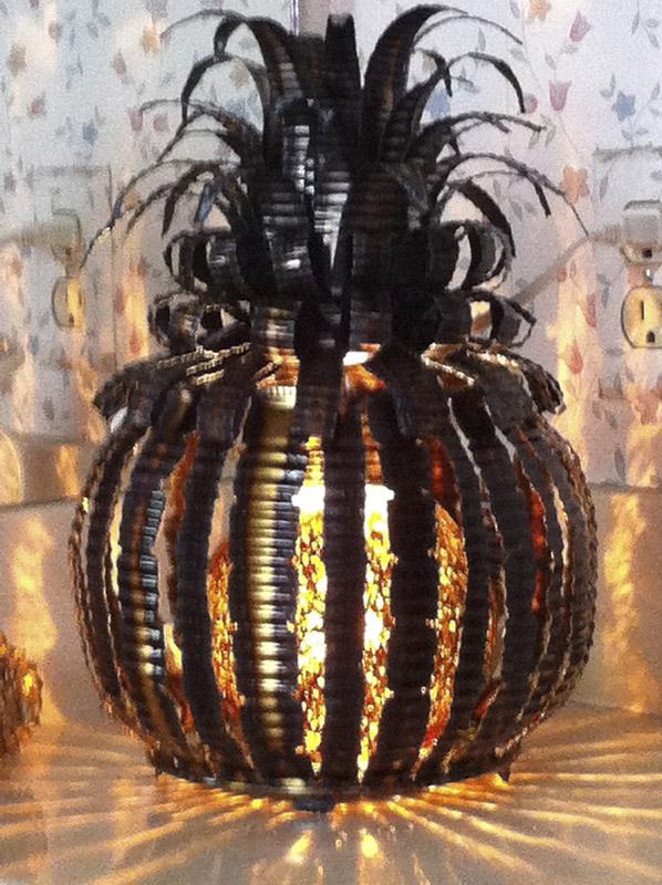 Lighted Pineapple – $115